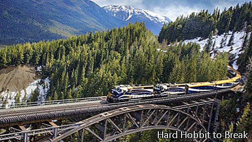 Rocky Mountaineer: the train that shows you the natural beauty of Canada