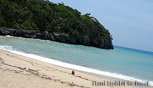 Pantai James Bond di Jamaika