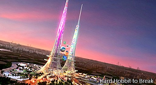 Two one kilometer-long towers will be built in China