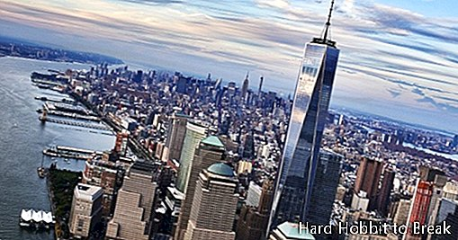 The symbolic viewpoint of the One World Trade Center