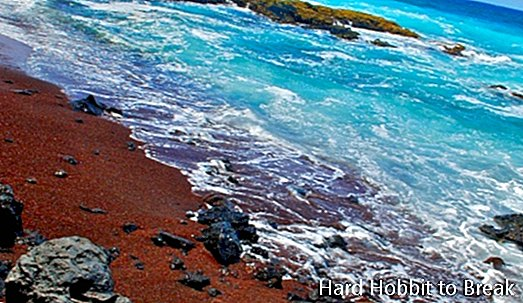 Red Sands beach in Hawaii