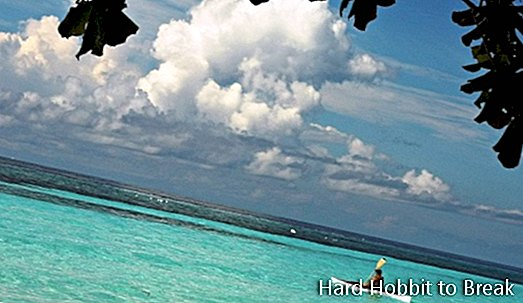 Travel to Panglao Island in the Philippines