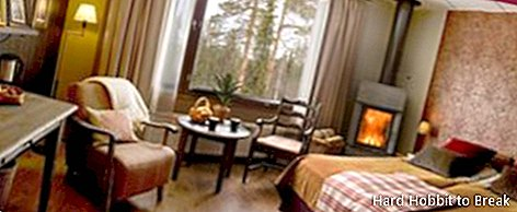 Aurora Chalet Hotel to see northern lights