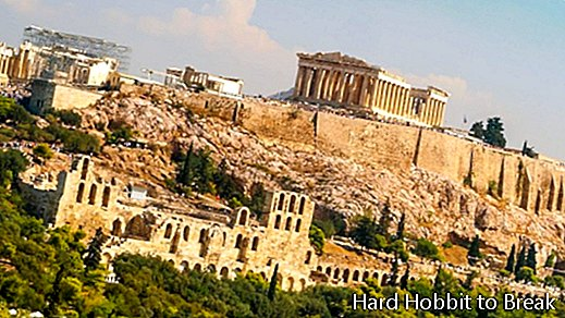 7 essential visits in Athens
