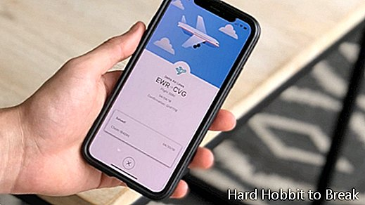 7 apps to find cheap flights