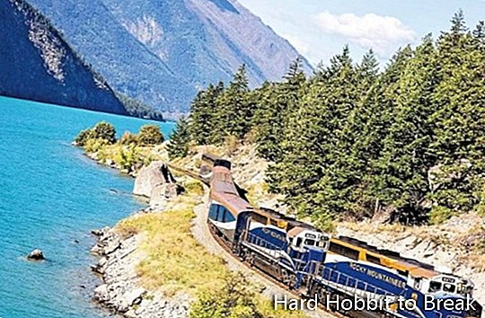 Rocky Mountaineer-lake-
