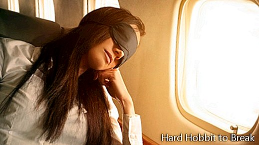 woman-sleeping-plane