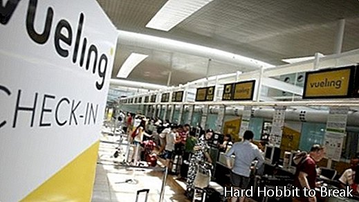 Vueling-counter