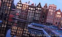 A walk along the canals of Amsterdam